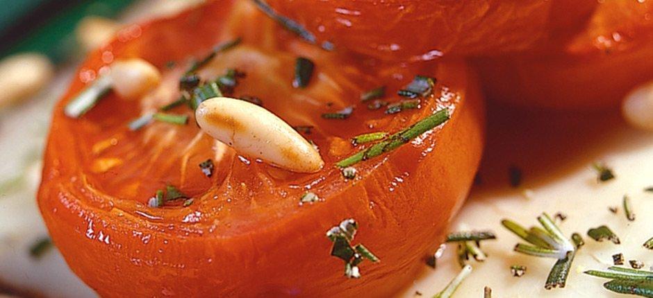 Bakade tomater med pecorinoost
