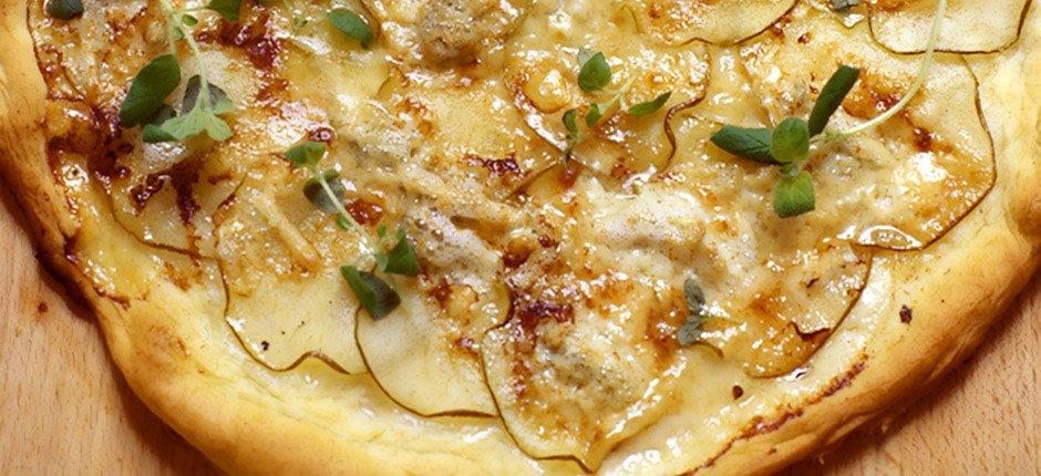 Pizza med päron och gorgonzola