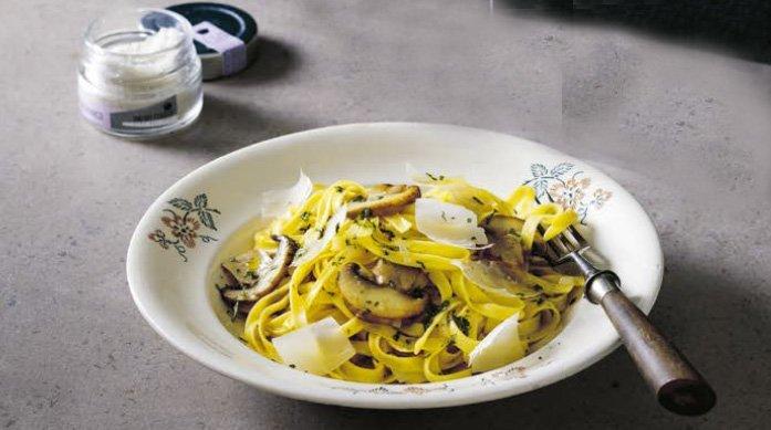 Recept på Tagliatelle med svamp och tryffel